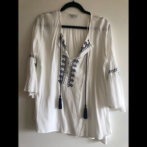 Boho embroidered white top with tassels